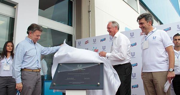Inauguración planta detergentes Unilever, Invest Pacific